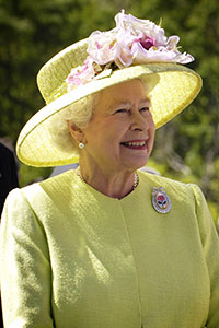 Queen Elizabeth II of the United Kingdom during a 2007 visit to NASA.